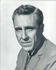 Jason Robards (July 26, 1922 – December 26, 2000) As a radioman 3rd class in the Navy, Robards served aboard a heavy cruiser, the USS Northampton (CA-26) in 1941. On December 7, 1941, he was aboard the Northampton in the Pacific Ocean about 100 miles off Hawaii. Contrary to some stories, he witnessed the devastation of the Japanese attack on Hawaii only afterwards, when the Northampton returned to Pearl Harbor two days later.