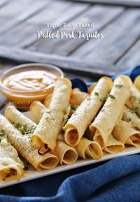 Baked Pulled Pork Taquitos are the perfect game day recipe. Easy to make in less than 30 minutes. Perfect to add to your tailgating menu, so delicious! Recipe Using Pulled Pork, Making Pulled Pork, Pork Taquitos Recipe, Baked Taquitos, Pork Recipes, Mexican Food Recipes, Oven Recipes, Mexican Dishes, Easy Recipes