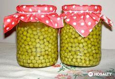 Zöldborsó tartósítószer nélkül egész évben Canning Pickles, Kitchen Aprons, Sweet And Salty, Ketchup, No Bake Cake, Food Storage, Preserves, Bacon, Food And Drink