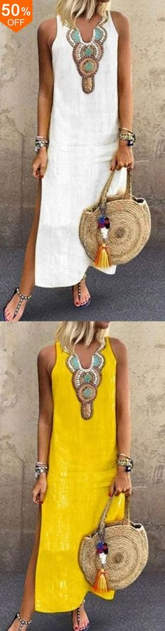 Bohemian Sleeveless V Neck Floral Print Side Split Maxi Dress Source by tammyborschneck abiti Day Dresses, Casual Dresses, Fashion Dresses, Estilo Hippie, Maxi Robes, Motorcycle Outfit, Boho Look, Mode Outfits, Summer Looks