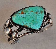 NUMBER 8 Turquoise VINTAGE Native American CUFF Bracelet Sterling Silver - Weighty 60.3 Grams c.1970's!
