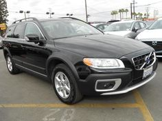 2013 Volvo XC70 3.2 3.2 4dr Wagon Wagon 4 Doors Black Sapphire for sale in Culver city, CA Source: http://www.usedcarsgroup.com/used-volvo-for-sale-in-culver_city-ca