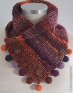 Gestrickter Schalkragen mit seitlich angebrachten Filzkugeln Gestrickter Schalkragen mit seitlich angebrachten FilzkugelnDébutant Écharpe En Tricot : Débutant Écharpe En Tricot P. Poncho Knitting Patterns, Easy Knitting, Knitting Stitches, Knit Patterns, Crochet Capas, Knit Crochet, Knitted Shawls, Knitted Blankets, Couture Main