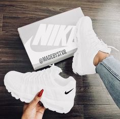 30 fashionable casual shoes for ladies 40 30 fashionable casual shoes for ladies. - 30 fashionable casual shoes for ladies 40 30 fashionable casual shoes for ladies. Moda Sneakers, Sneakers Mode, Sneakers Fashion, Fashion Shoes, Fashion Clothes, Fashion Outfits, Tenis Nike Air, Nike Air Shoes, White Nike Shoes