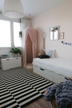 kidsroom, girlsroom, canopy, bedroom ideas, dream catcher, DIY ideas