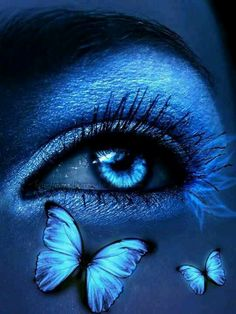 beautiful images of blue Gorgeous Eyes, Pretty Eyes, Cool Eyes, Sad Eyes, Evvi Art, Butterfly Eyes, Butterflies, Eyes Artwork, Himmelblau