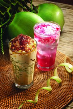 Es cendol dan es kopyor (Indonesian icy drink) • Indonesian food sweet #PINdonesia
