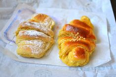 Palavras que enchem a barriga: Onde está o melhor croissant de Lisboa? Gmail, Croissant, French Toast, Breakfast, Lisbon, Words, Thermomix, Morning Coffee, Crescent Roll