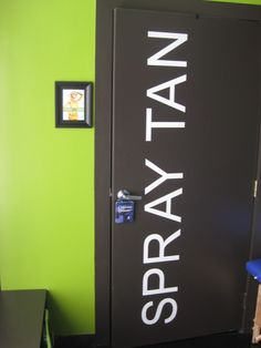 Love my little Spray Tan room, located in Hollywood CA via Appointment only  310 666 0282