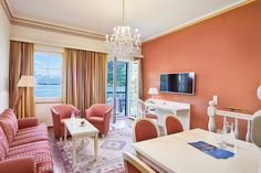 Grand Suite mit Seeblick und Balkon Rooms, Curtains, Home Decor, Double Room, Balcony, Homes, Bedrooms, Blinds, Decoration Home