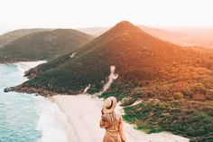 """In late November my twin sister Els; (@elsas_wholesomelife) and I hit the roads for a summer road trip.. Destination Brisbane QLD > Berry, South Coast of NSW """"Oh, Darling, Lets …"""