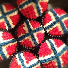 Lottas himmelrom Norwegian flag cupcakes! ♣️Fosterginger.Pinterest.Com♠️ More Pins Like This One At FOSTERGINGER @ PINTEREST 🖤No Pin Limits👈🏿Follow Me on Instagram @  👉🏿FOSTERGINGER75👈🏿 and 👉🏿ART_TEXAS