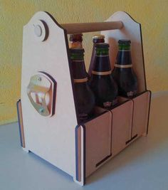 Flat pack #lasercut and #laserengraved beer caddy - genius