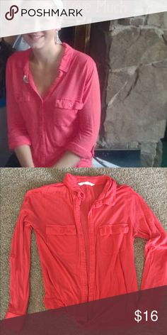 Coral button down shirt Super comfy button down shirt. Has a pocket in the front. Sleeves can be worn long or you can button those up to be shorter as well! Old Navy Tops Button Down Shirts