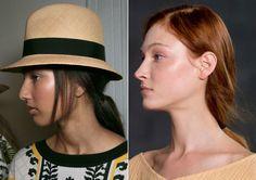 Rabo baixo é tendência da Semana de Moda de Londres para o Verão