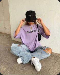 Image may contain: one or more people, people sitting and shoes - Top-Trends Indie Outfits, Edgy Outfits, Teen Fashion Outfits, Retro Outfits, Cute Casual Outfits, Vintage Outfits, Summer Outfits, Emo Fashion, Skater Girl Fashion