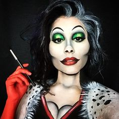 CRUELLA DEVILLE ❤️ here's my Cruella Deville transformation I did yesterday ✨ details later! #cruelladeville #cruelladevilletransformation #disneyvillans #disneysprings #disneycharacters #disneymakeup #floridamakeupartist #fantasymakeup #bodyart #bodypaints #transformations #bhcosmetics #maccosmetics #mehronmakeup