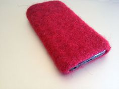 felted iphone 5 - sleeve unique piece, hand made