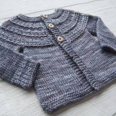 Gilet Hyphen pour bébé et fillette du 3 mois au 8 ans - explications de tricot  chez Makerist