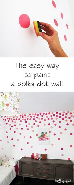 How to paint a polka dots wall - Ohoh deco - - Find out how to create a statement polka dotted wall in no time using a kitchen sponge! It's fun and easy to make, you have to try this painting hack! Room Wall Painting, Room Paint, Diy Painting, Wall Painting Stencils, Decorative Wall Paintings, Wall Painting Design, Creative Wall Painting, Diy Wand, Kids Wall Decor