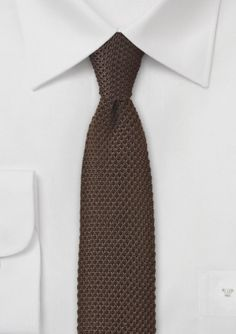 Knitted Silk Tie in Coffee Brown: Perfect to pair with navy as well as other earth tones.
