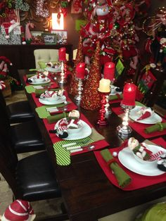 Elf Workshop Table Decor From Trees N Trends