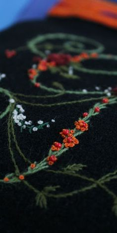 Elizabeth hand embroidery: Of wool and east