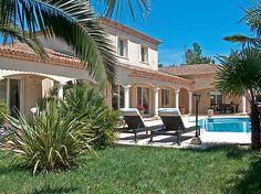 Relax in paradise #atraveo #poolhouse