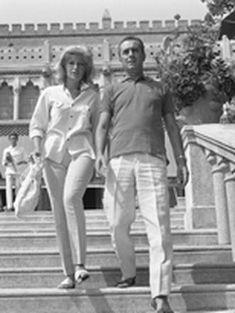 Monica Vitti e Michelangelo Antonioni alla Biennale di Venezia del 1962.