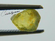 Cristal de saphir jaune