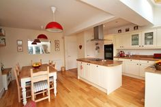 A superb extended traditional semi detached house with the wow factor! The 3 bedrooms & modern bathroom with separate shower are complimented by an impressive entrance hall, lounge & spacious. 1930s Home Decor, Bristol Houses, 1930s Kitchen, Open Plan Kitchen Dining, House Extensions, Detached House, Modern Bedroom, Family Room, Nottingham