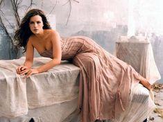 Kate Beckinsale Photos