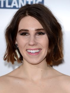 Girls actress Zosia Mamet showed off her new hair at the season 3 UK premiere of the show. Done simply but effectively, Zosia's bob was styled with a little wave and a slightly off-centre parting. We adore. SEE CELEBRITIES WITHOUT MAKEUP HAIRSTYLE OF THE DAY EMERGING BEAUTY TRENDS FOR 2014  -Cosmopolitan.co.uk