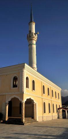 Yunanistan, İskeçe'de (Xanthi) Bir Cami