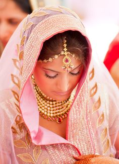 Note to self: Never, ever underestimate the beauty of pale pink. <3 #indian #indianbridal