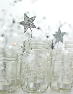 Silver stars in mason jars. add 2013 onto stars Noel Christmas, Christmas And New Year, White Christmas, Christmas Crafts, Christmas Decorations, Star Decorations, Mason Jar Crafts, Mason Jars, Deco Table Noel