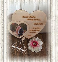 KÖSZÖNETAJÁNDÉK SZERETTEIDNEK   retrolett Frame, Weddings, Decor, Picture Frame, Decoration, Wedding, Decorating, Frames, Marriage