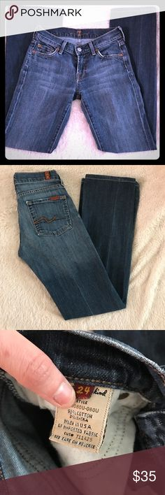 Seven 7 for all Mankind jeans 👖 24R Great jeans in perfect condition! Minimal wear! Jeans are super soft and so comfortable! Flare cut makes them insanely flattering. Light denim, size 24, inseam 30 7 For All Mankind Jeans Flare & Wide Leg