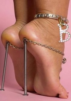 High Heels are the Best! / 29 Crazy High Heels That Kill Your Feet with Pain Crazy High Heels, High Heels Boots, Walking In High Heels, Shoe Boots, Shoes Heels, High Shoes, Objet Wtf, Funny Shoes, Weird Shoes