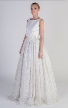 Bridal Runway Trends: Modern Elegant Wedding Dresses