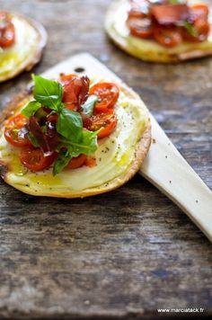 Tartelettes au Carré Frais, tomates cerises et viande de Grisons - Recette - Marciatack.fr : recettes faciles   Tout pour cuisiner !