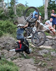 mountain bike caption contest - So Funny Epic Fails Pictures Downhill Bike, Mtb Bike, Cycling Bikes, Bicycle, Cross Country Mountain Bike, Mountain Biking, Mountain Bike Reviews, Caption Contest, Used Bikes