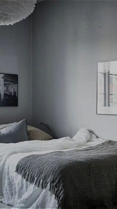 I love this Swedish bedroom inspiration with its grey monochromatic color scheme and simple wall gallery. I love this Swedish bedroom inspiration with its grey monochromatic color scheme and simple wall gallery. Bedroom Tv Stand, Tv In Bedroom, Cozy Bedroom, Bedroom Furniture, Ikea Bedroom, Male Bedroom Decor, Bed Room, Master Bedroom, Bedroom Romantic