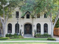 Beautiful exterior. Home in Houston. LLH Designs.