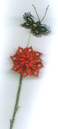 Flower Tatting Pattern by tatman. Made from arced lace/edging & then hand-sewn to create 3D look. *p*