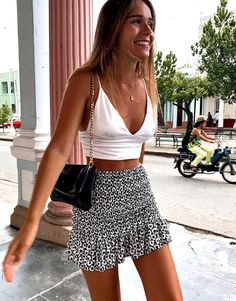 Casual Summer Outfits, Stylish Outfits, Spring Outfits, Outfit Ideas Summer, Summer Skirt Outfits, Autumn Outfits, Summer Skirts, Cute Skirt Outfits, Cute Skirts