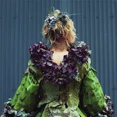 Weedrobes, created by artist Nicole Dextras, is a collection of clothes created entirely out of natural materials-leaves, twigs, flowers etc- that aims to 'raise awareness about the impact of industry on our eco-system,' as well as show us how 'our most effective tool for change is for consumers to demand more equitable products.' Nicole's Weedrobes philosophy is also about 'being a free thinker' and 'creating one's own sense of style.'