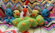 Knea has crochetted all my models in the Novita 2012 spring magazine!!