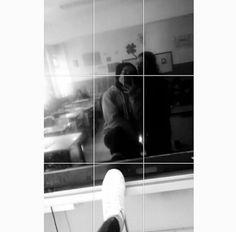 fake off girls- fake kapalı kızlar fake off girls - Girl Photo Poses, Girl Photography Poses, Tumblr Photography, Girl Photos, Snapchat Selfies, Snapchat Picture, Photo Instagram, Instagram Story, Simpsons Meme