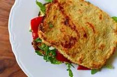 With egg and mozzarella cheese baked right in, cauliflower bread has just as much protein and fiber as most whole-wheat breads, but it has far fewer carbs. Cauliflower Toast Recipe, Cauliflower Bread, Cauliflower Recipes, Pumpkin Casserole, Casserole Dishes, Low Carb Recipes, Healthy Recipes, Healthy Dinners, Diet